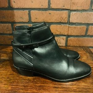 """Womens Coach Leather Ankle Boots Size 8.5B 2"""" Heel"""